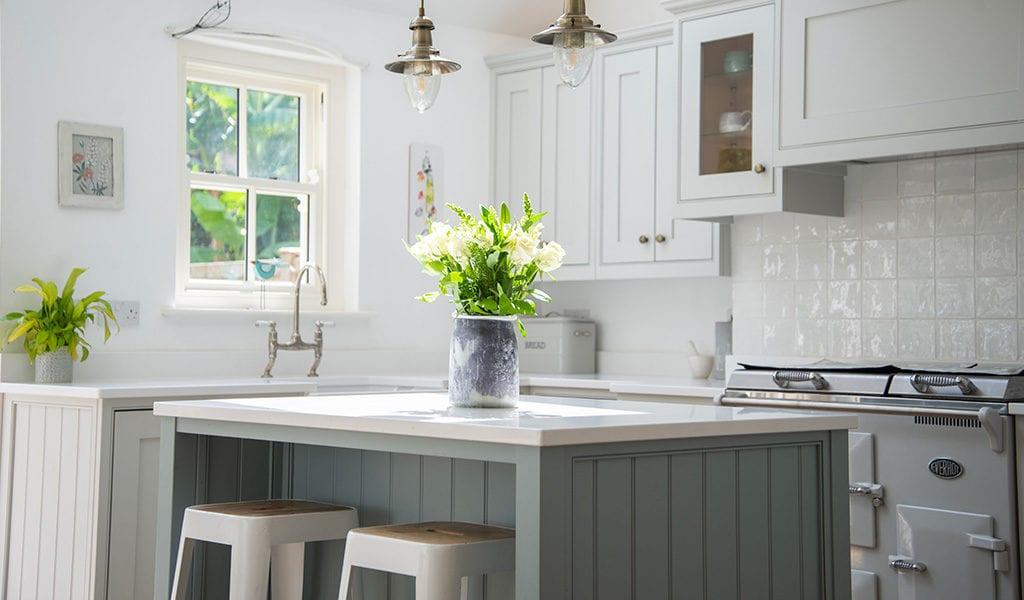 Handmade kitchen by Cherrywood Bespoke